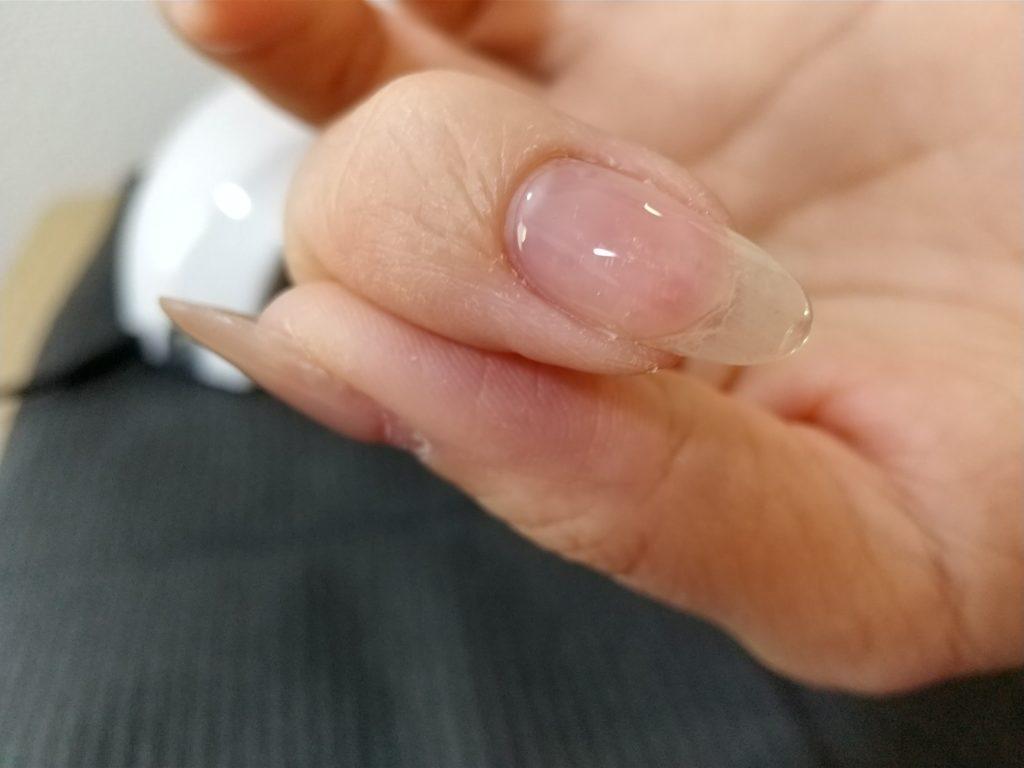 ベースジェル工程-ベースジェルを塗った後の爪表面